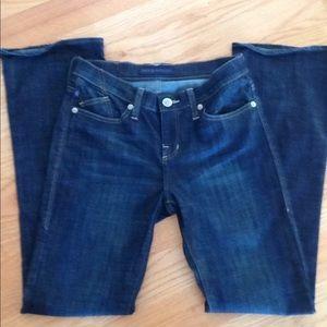 ROCK & REPUBLIC dark wash Jeans